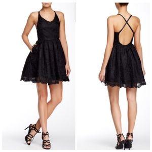 Make Offer Gracia Lace Mini Dress Black Large